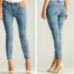 Free People Blue Feather Print Skinny Jeans, sz 25